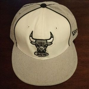 NEW ERA CHICAGO BULLS FITTED HAT